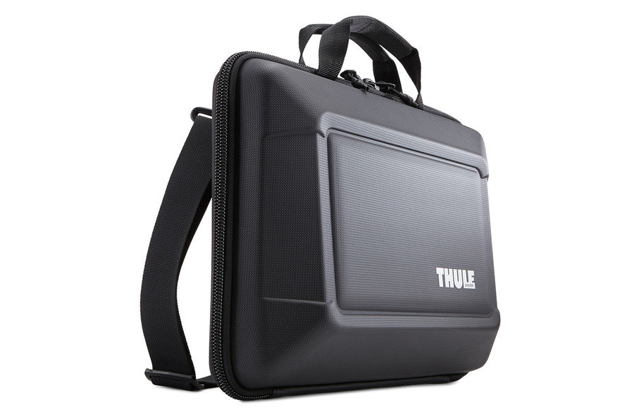 "Жесткая сумка Thule Gauntlet 3.0 для 15"" MacBook Pro (TGAE-2254_BLACK)"